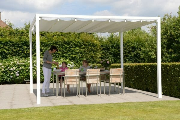 Retractable Roof Poolside Cabana with a family of 3 at a table ready to eat