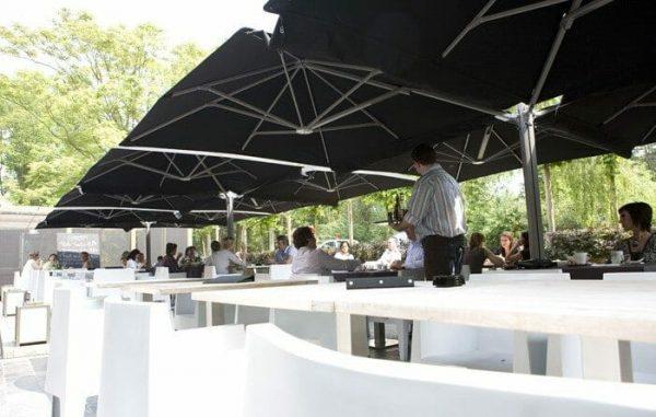 P6 Square Quattro Umbrellas at an outdoor dining area