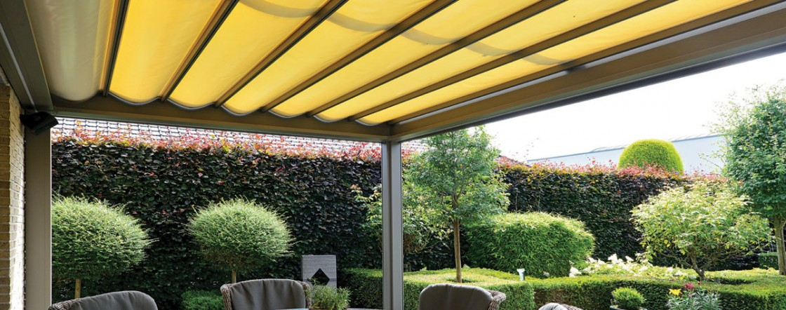 Shelter 3000 - Motorized Retractable PVC Canvas Roof