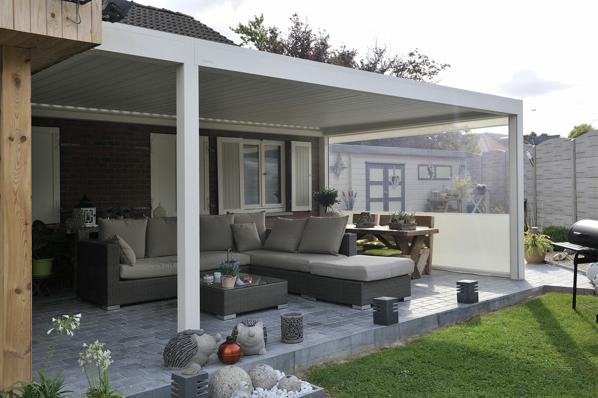 Filename: Outdoor Screened Patio Shelter 2000