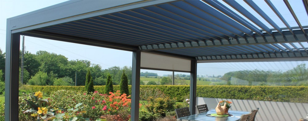 Shelter 2000 - Motorized Louvered Roof